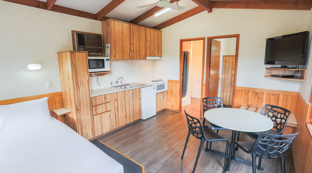 one bedroom cottage four berth living area melbourne holiday